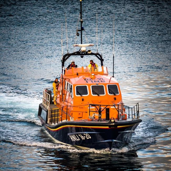 Third rescue in as many days for Lizard lifeboat
