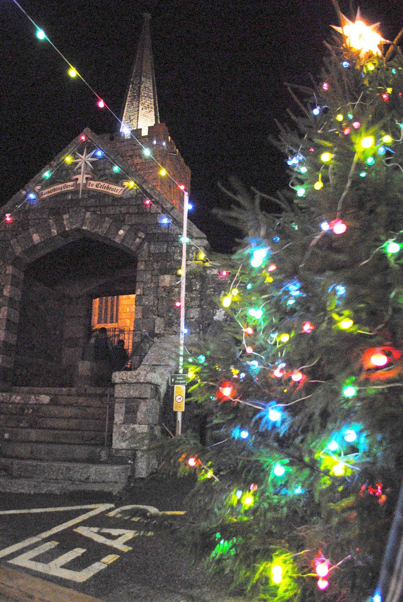 Bid to move St Keverne Christmas tree to centre of square