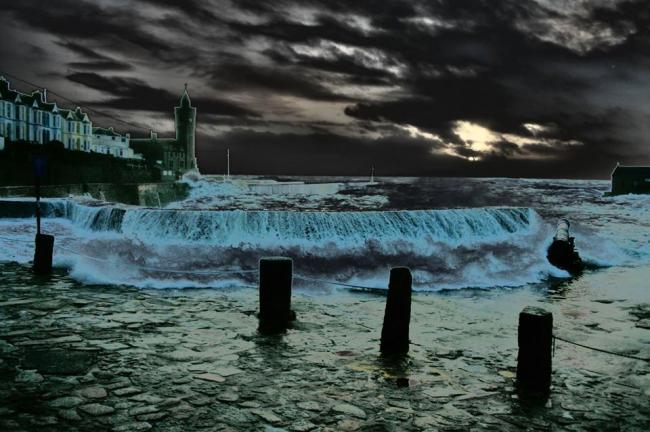 Porthleven Harbour is full, by Phil Schofield