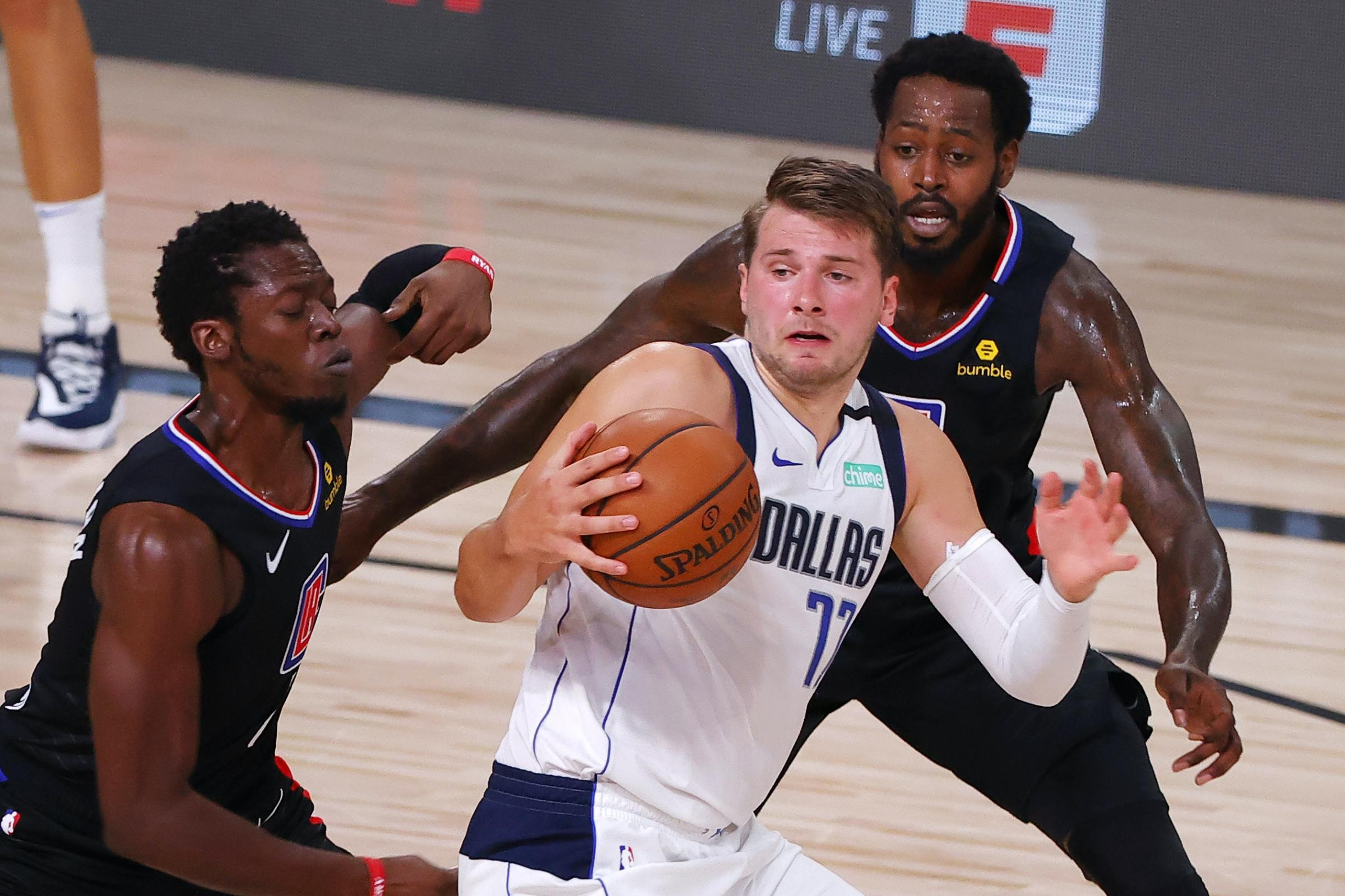 La Clippers Hold Off Luka Doncic Inspired Dallas Mavericks Falmouth Packet