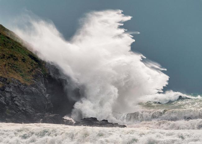 A big swell and easterly wind could cause 'treacherous' sea conditions in Cornwall. Picture: Stephen Crawford Davies