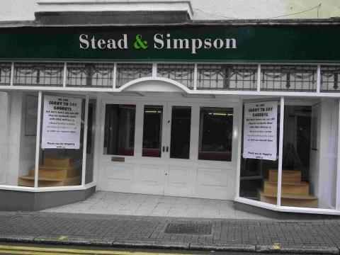 Helston shoe store finally shuts up shop