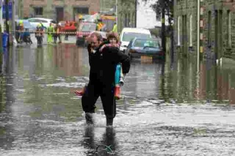 Helston's mayor vows to support any flood relief help
