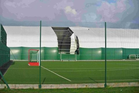 High winds damage Penryn sports dome....... again