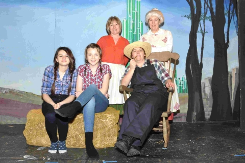 Wizard panto planned by Keverne Kaudlers: PICTURES