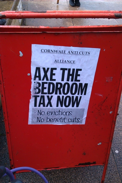 'Bedroom tax' protest in Camborne: PICTURES