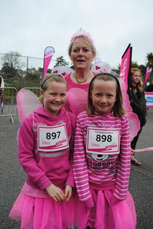 Race For Life 2013: PICTURE GALLERY