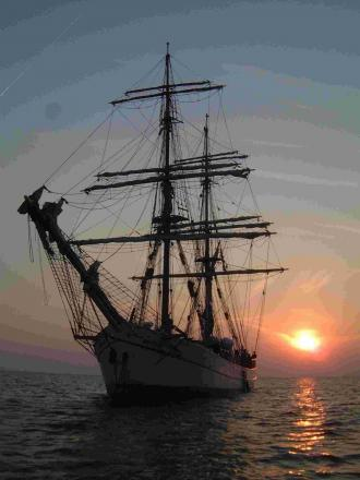 Volunteers needed for Falmouth Tall Ships visit