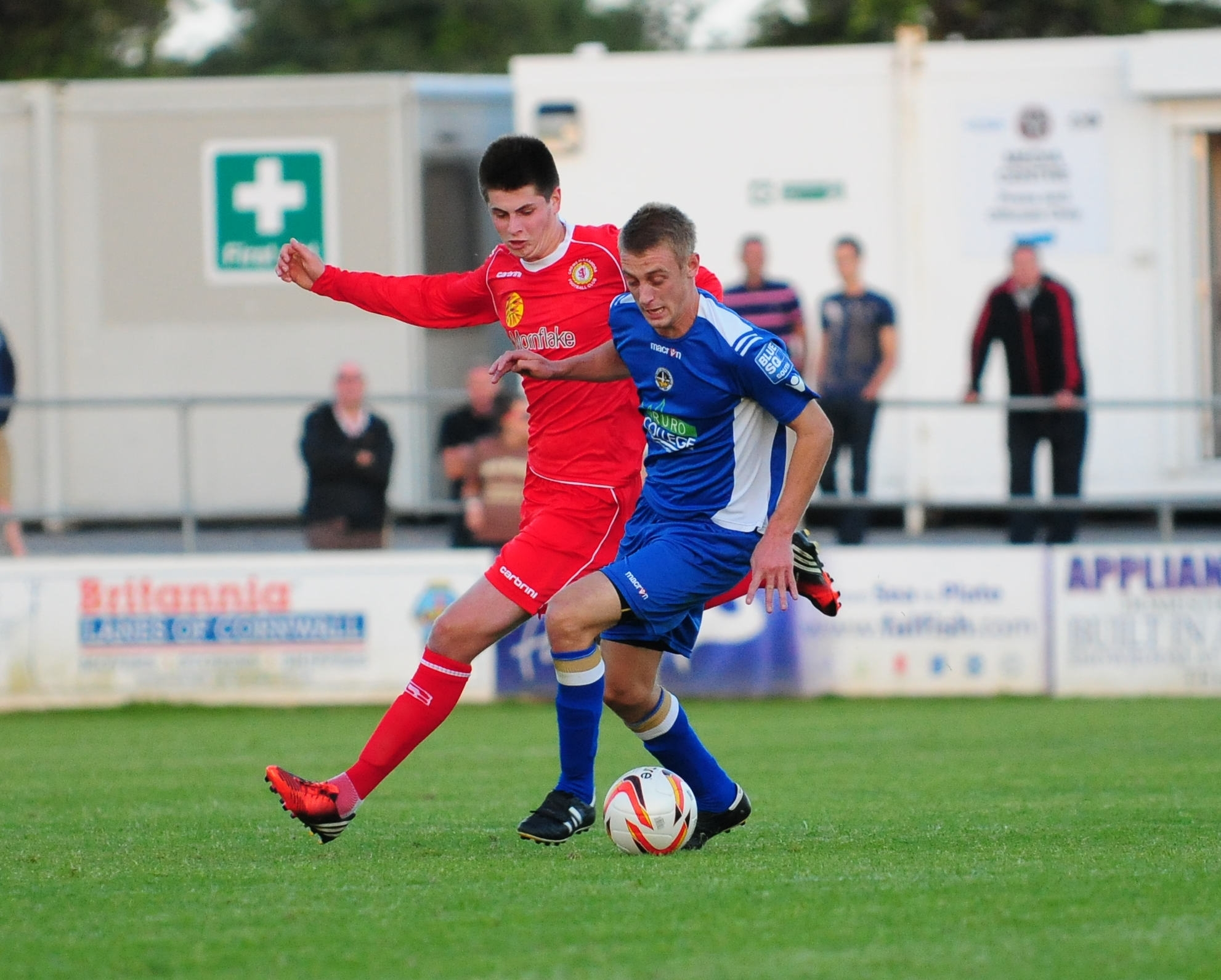 Goldsworthy chooses to stay at Helston