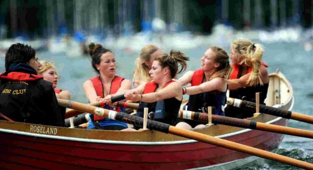 Falmouth Packet: Mullion pupils win all four age groups at gig rowing clash