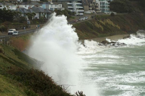 Warning as Cornwall prepares for more strong winds and heavy rain