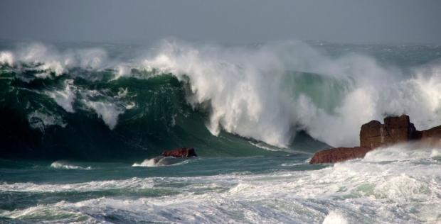 Strong wind, heavy rain and high tides - how Cornwall fared