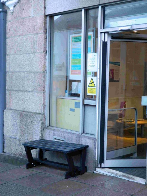 Falmouth Packet: Payment withheld as 11 out of 13 new Helston benches come loose in days