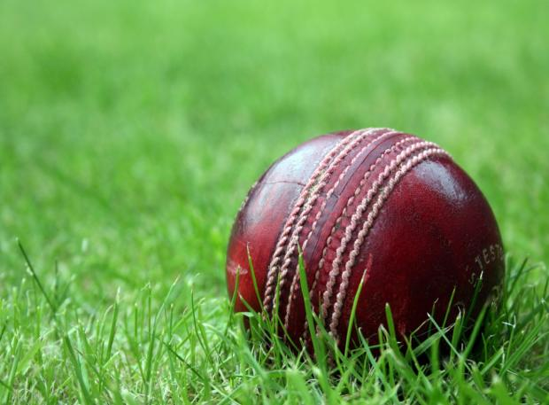 Falmouth Packet: No surprises in indoor sixes semi-finals