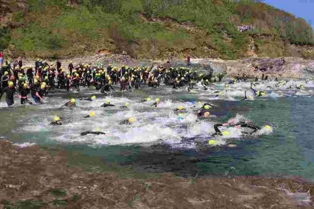 Entry opens for 2014 Castle to Castle swim