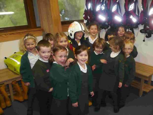 Primary school kids enjoy 'amazing' day at Lizard lifeboat station