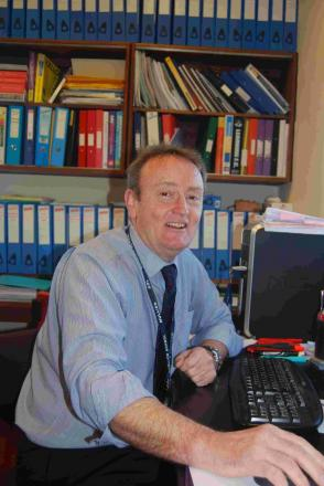 Mullion School headteacher to retire after 12 years of success