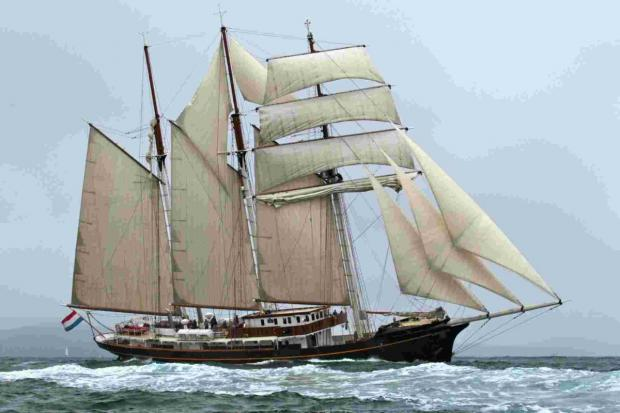 Focus on Tall Ships: Luxury Gulden Leeuw to visit