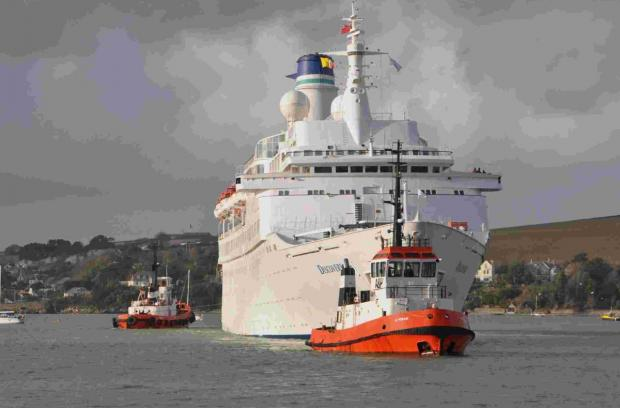 Leaking cruise ship Discovery diverted to Falmouth for repairs