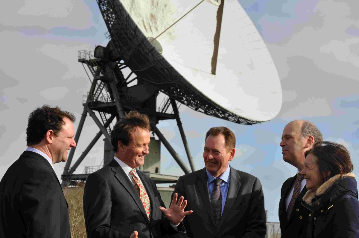 Piran Trezise (Company Secretary), Ian Jones (Chief Executive) of Goonhilly Earth Station Ltd, Andrew George MP, Sir Graham Watson MEP and Kay Barnard (Liberal Democrat European Candidate).