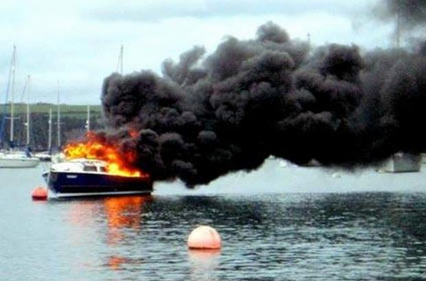 Falmouth Packet: Boat sinks in massive blaze in Mylor Harbour