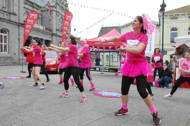 Race for Life warm up 'cancer slam' in Falmouth: PICTURES