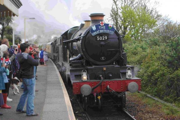 Steam train causes a stir on Falmouth branch line: PICTURES + VIDEO