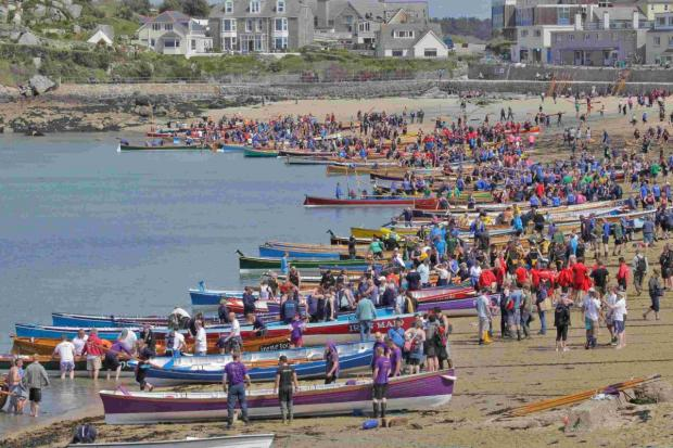 Can you row to help Falmouth Gig Club buy new oars?