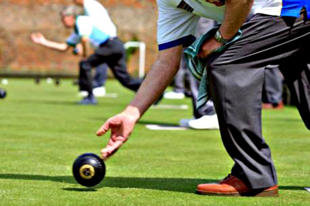 BOWLS: Mixed fortunes for Falmouth after win and loss