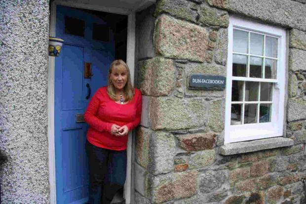 Penryn writer names home 'Dun-facebookin', but only lasts two months