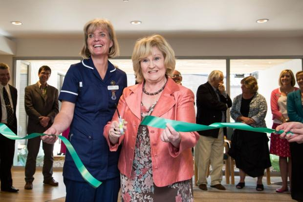 Sitcom actress helps improve life of Cornish hospice patients
