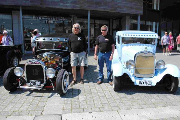 Hot rods rumble through Falmouth: PICTURES