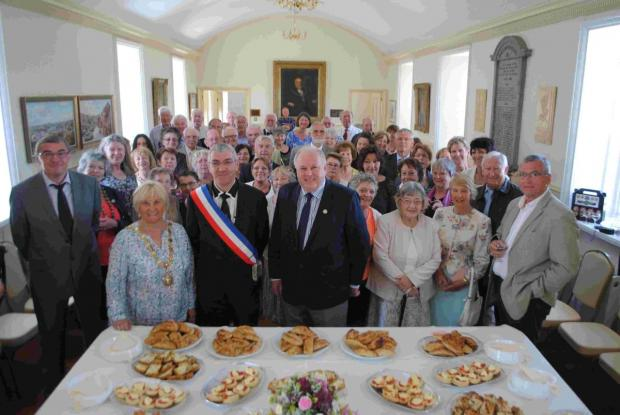 Penryn welcomes twin town friends from France