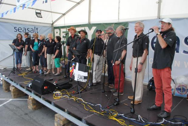 Crowds arrive for Falmouth Sea Shanty Festival: PICTURES + VIDEO