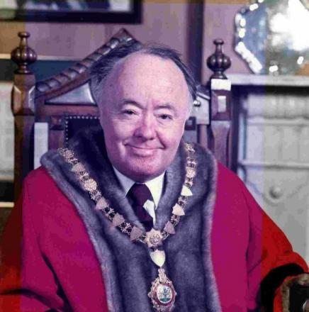 Ex-mayor of Falmouth found dead in filthy home after years of self neglect and alcohol abuse