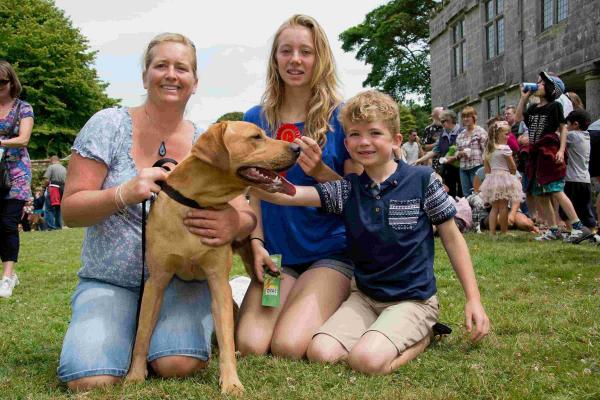 Sunshine for village fete at Godolphin: PICTURES