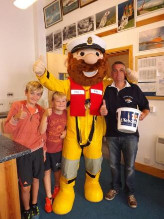 Lizard Lifeboat Day draws the crowds