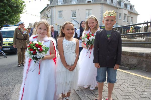 Fantastic atmosphere at 35th annual Penryn Fair Day: PICTURES
