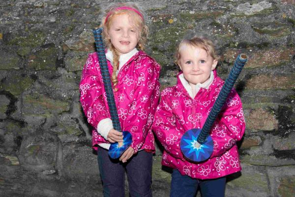 Torch procession lights up Porthleven: PICTURES