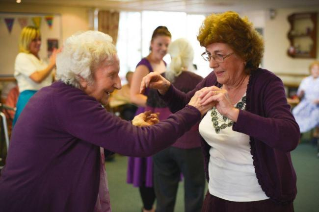 Helston dancer takes performance into care homes