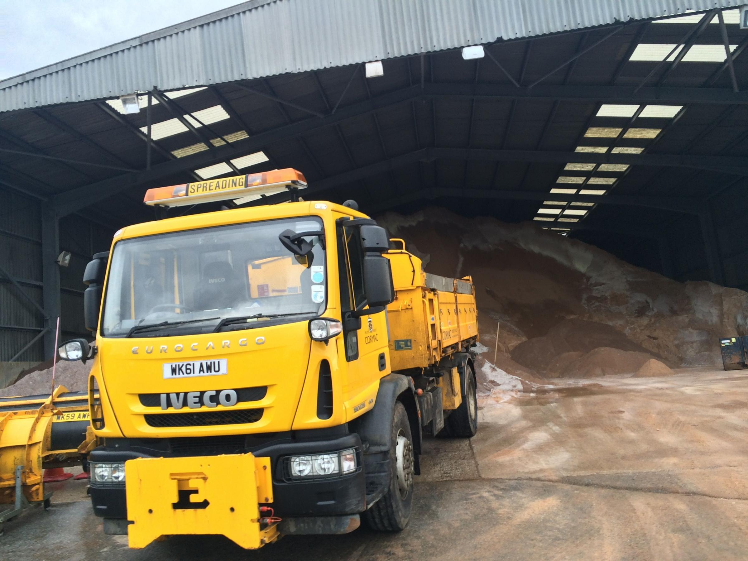 Gritters are ready to hit Cornish roads tonight as freezing temperatures forecast