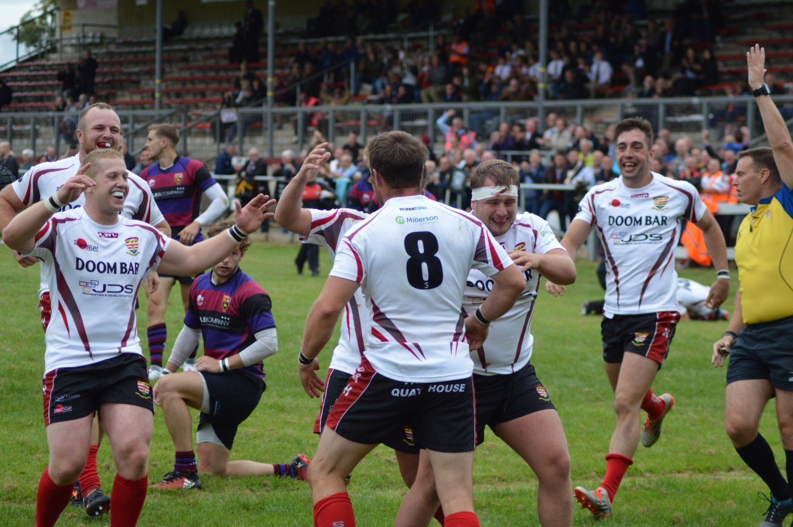 Camborne picked up an important bonus point as they narrowly beat Cleve on Saturday
