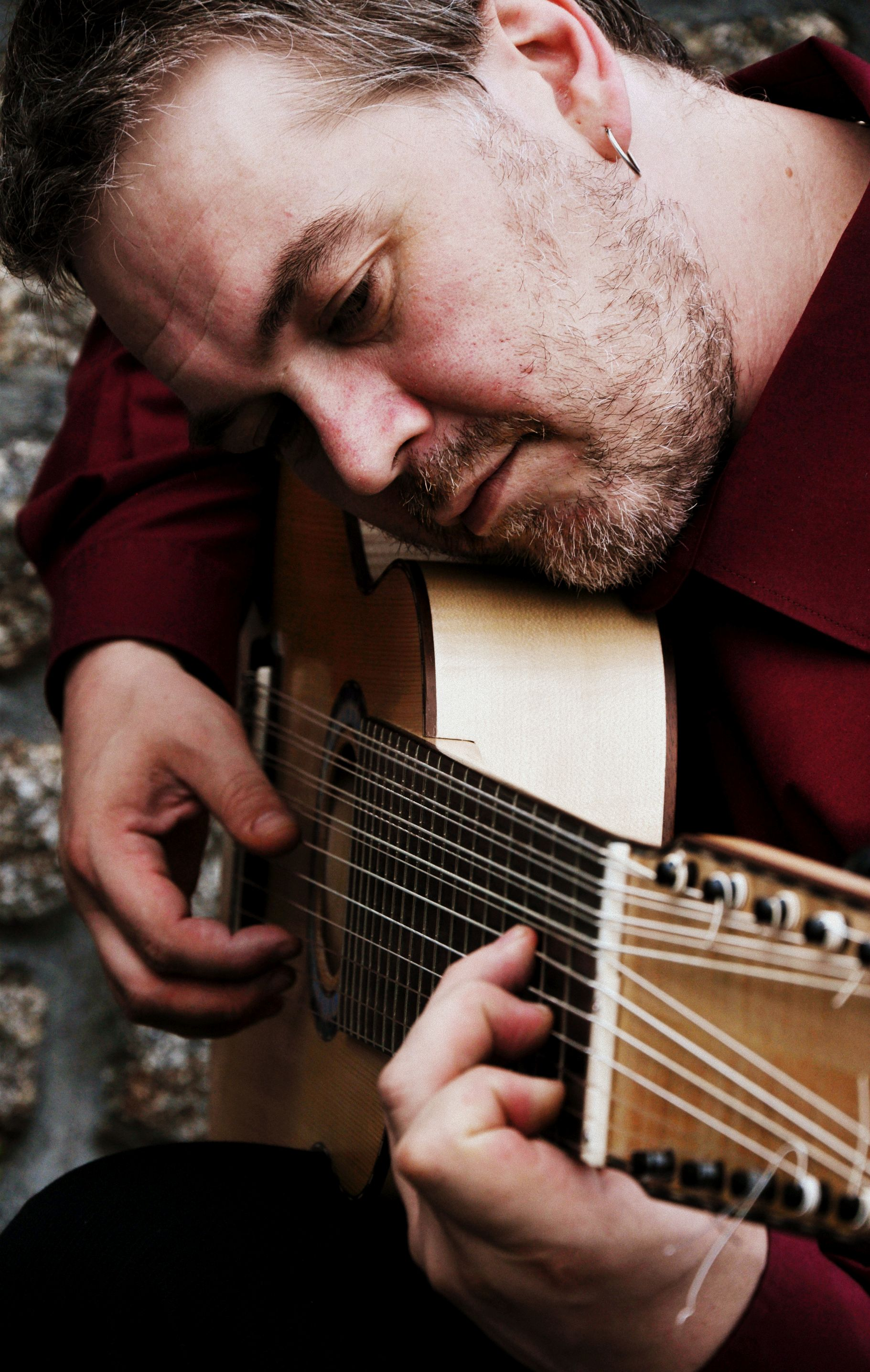 Ben Salfield will begin a summer of lute concerts in Mabe